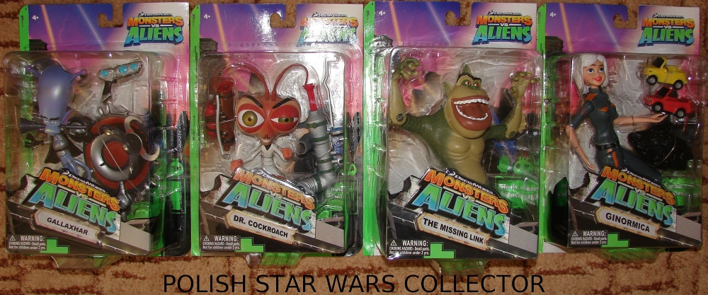 "Monsters Vs. Aliens DeLuxe 6"" Inch Figures"